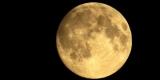 Ученый заметил загадочные сооружения на поверхности Луны