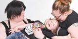 Родители трансгендер и пансексуал растят своего ребенка как гендерфлюида (Фото)